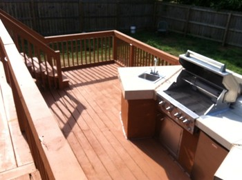 Outdoor Kitchen C.E. Landscaping Inc.